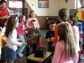 видео за обява 225149 | Клоун Фокусник за Детски Рожден ден